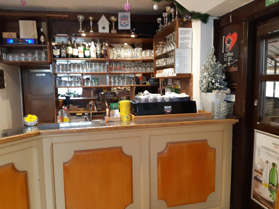 Bar Peron Podhom